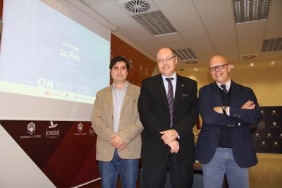 De izquierda a derecha, Francisco Adame, Antonio Cubero y Rafael Linares, en la presentación de la jornada.