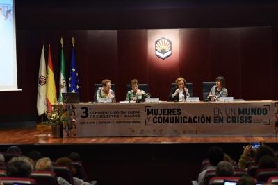 Participantes en la mesa redonda.