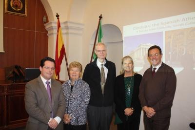 De izq a dcha: Juan de Dios Torralbo, Susana Bourque,  John Connolly, Christine  Shelton y Eulalio Fernández