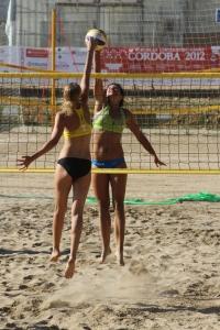 Encuentro de vóley playa femenino