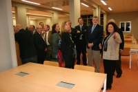 Un momento de la visita a la nueva Biblioteca