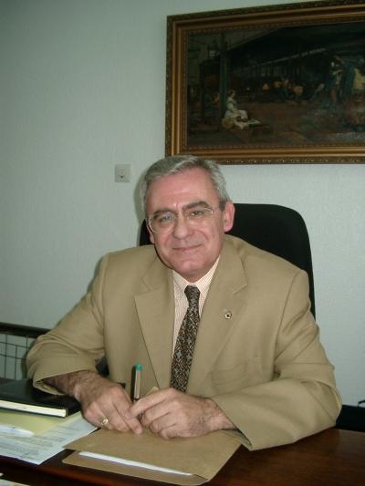 Imagen de archivo del profesor José Roldán Cañas